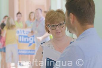 Zaměstnanci Maltalingua v letní jazykové škole