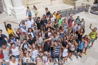 Skupina studentů ve Vallettě