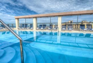 Hotel Alexandra střešní bazén, Malta