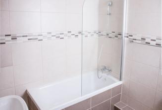 School apartment bathroom in St Julians