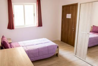 Language school accommodation apartment room